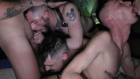 Poster Download HungYoungBrit - RAW orgy at mine after awards Dirty cum Pig party! 2018-06-12