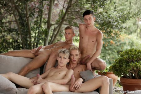 Poster Download Spritzz - Bareback twink orgy with masses of cum Part 1 2018-08-02
